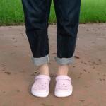 梅雨も真夏もこわくない!クロックス×ジーンズの王道コーデ!?