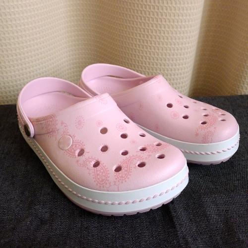 js150623-crocs13
